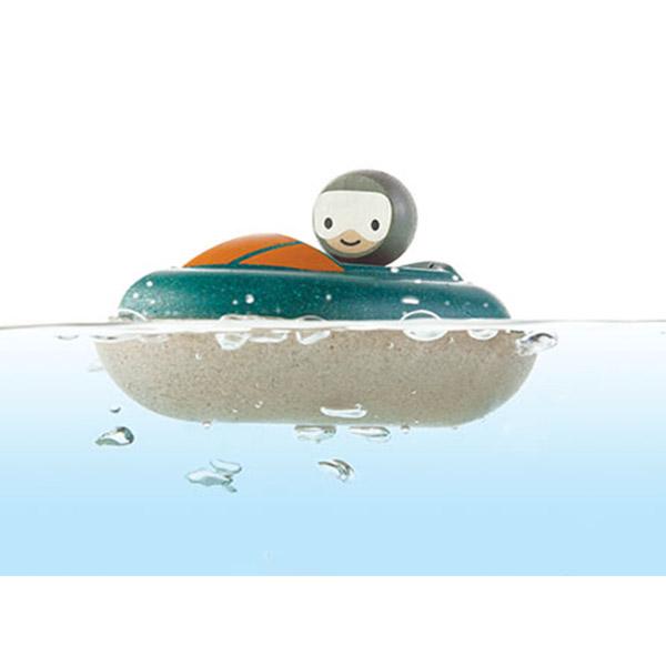 PlanToys Drvena igračka za vodu - TRKAČKI BROD 5667 - ODDO igračke