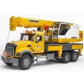 Kamion Mack sa kranom Liebherr Bruder 028183   ODDO igračke