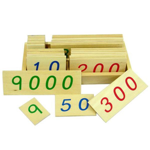 Drvene numeričke pločice 1-9000, manje sa kutijom Montesori HTM0130 - ODDO igračke