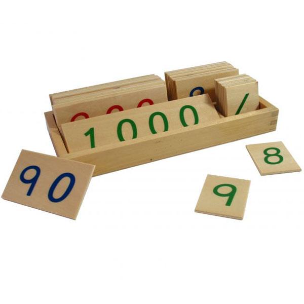 Drvene numeričke pločice 1-3000 manje sa kutijom Montesori HTM0134 - ODDO igračke